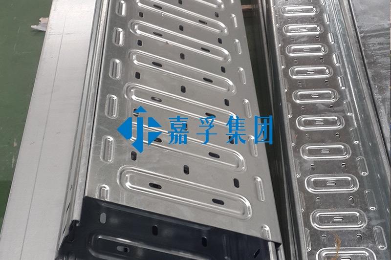 托盘式桥架设备—型材