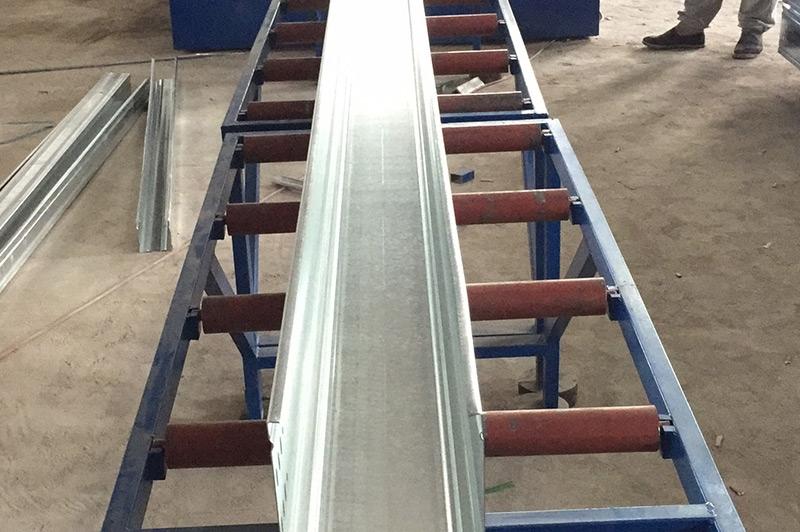 电缆桥架设备—大跨距200高